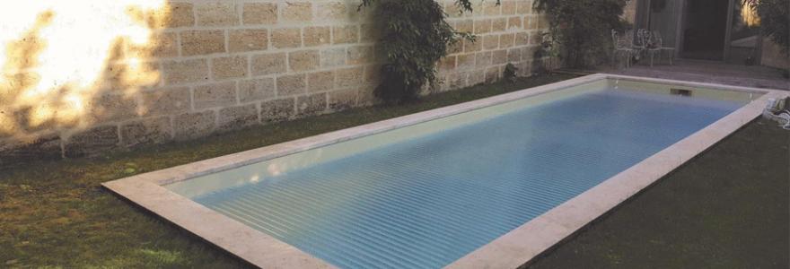 Comment sélectionner le volet le plus adapté à votre piscine?