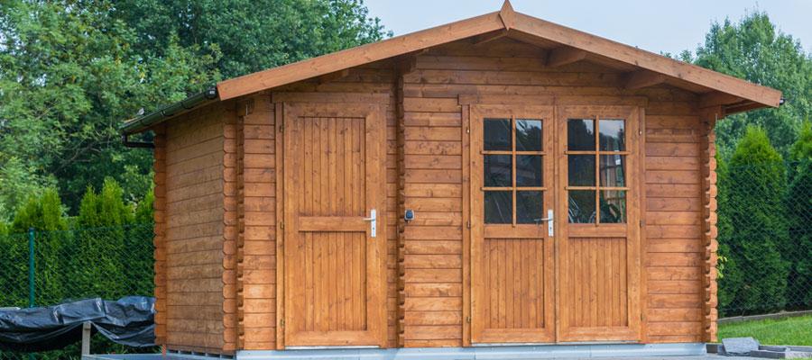 Installer un abri de jardin en bois chez soi